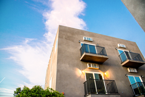 Outside view of apartment building and sky
