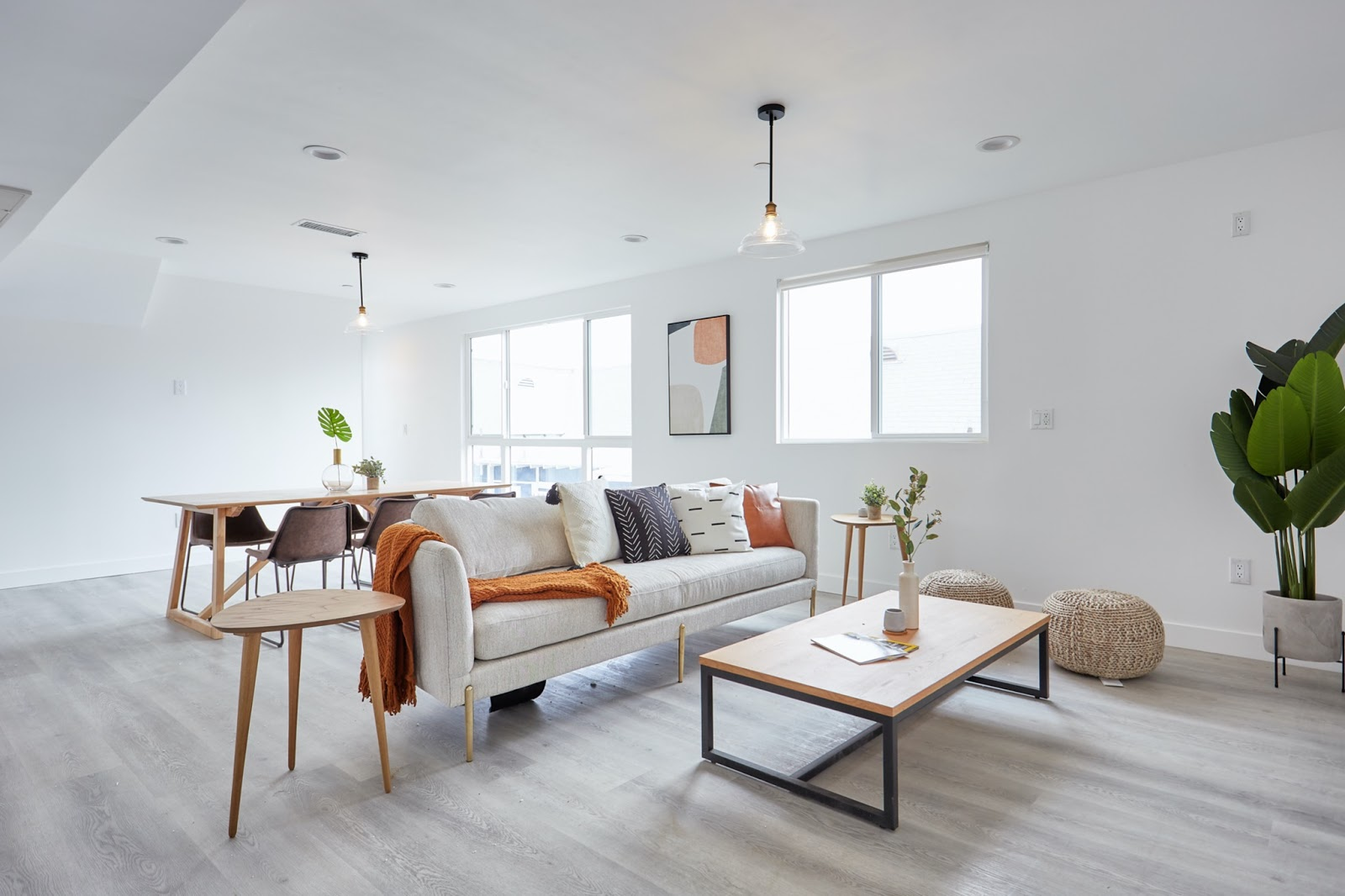 Bright staged Tripalink apartment