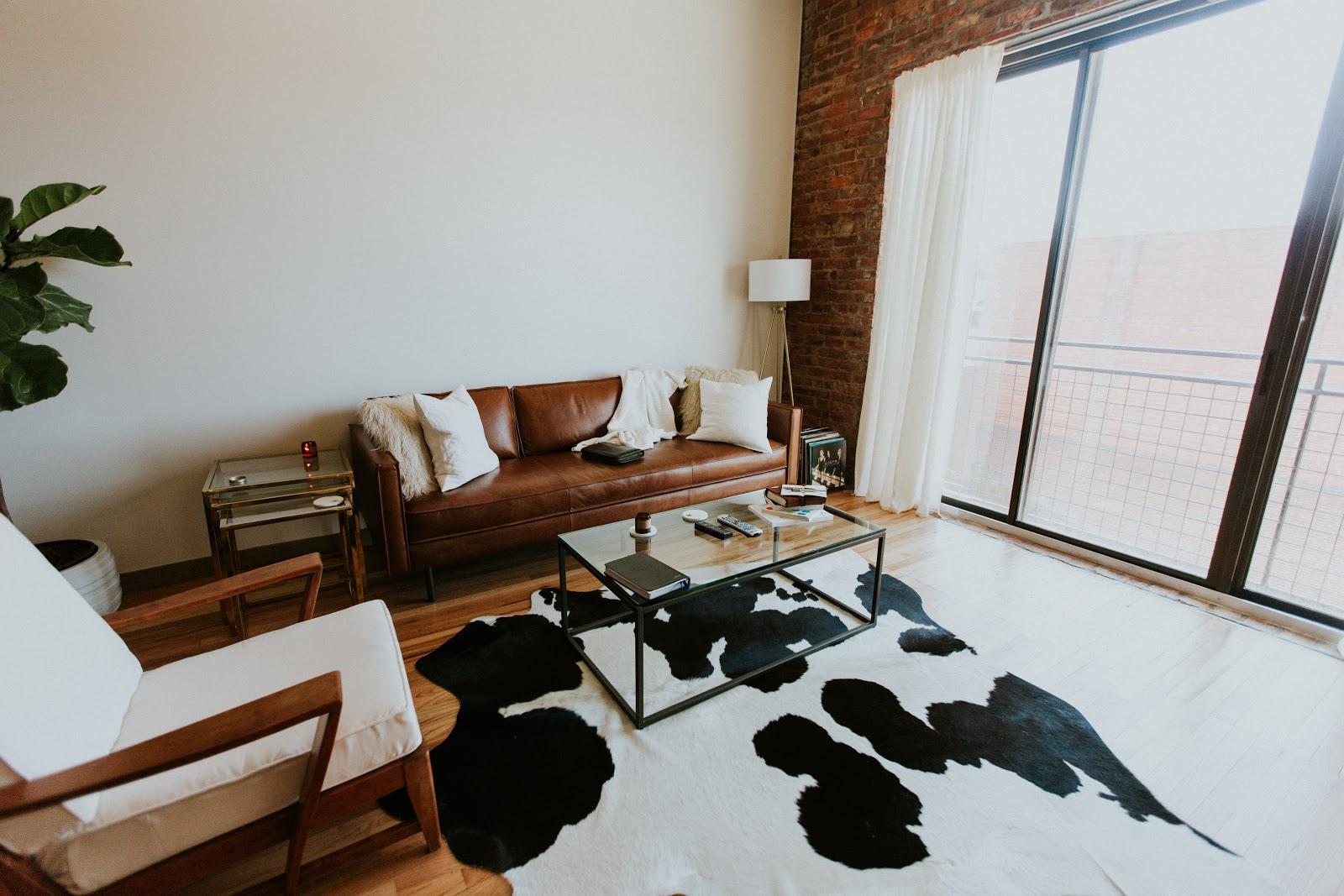 beautiful livingroom in koreatown Tripalink property