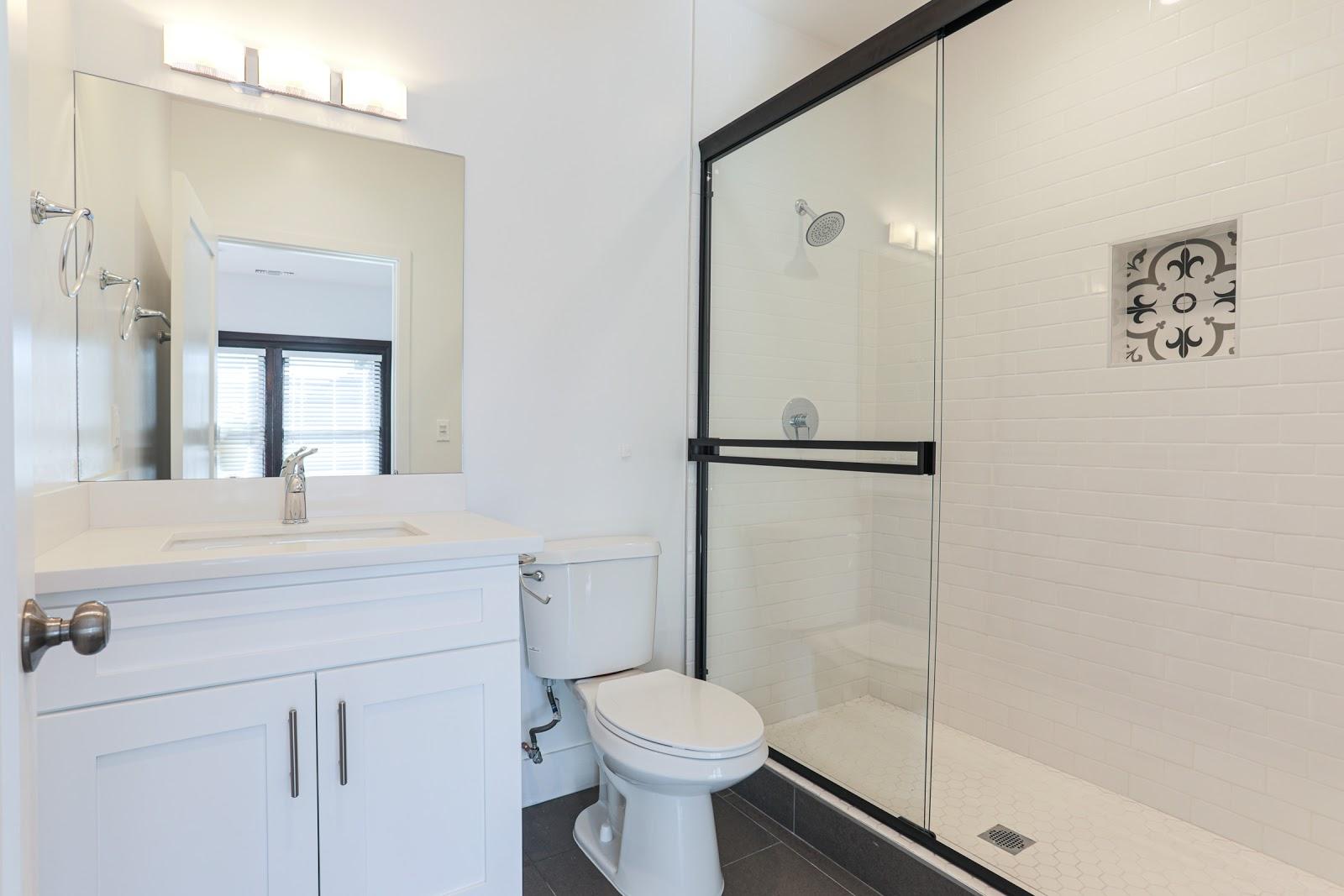 Clean Tripalink restroom