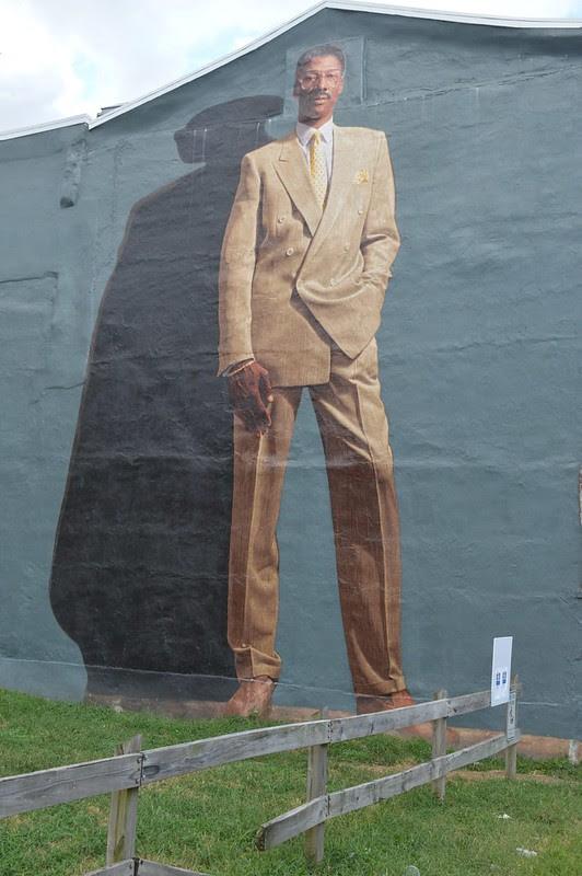 mural arts philadelphia, Dr. J. by Kent Twitchell