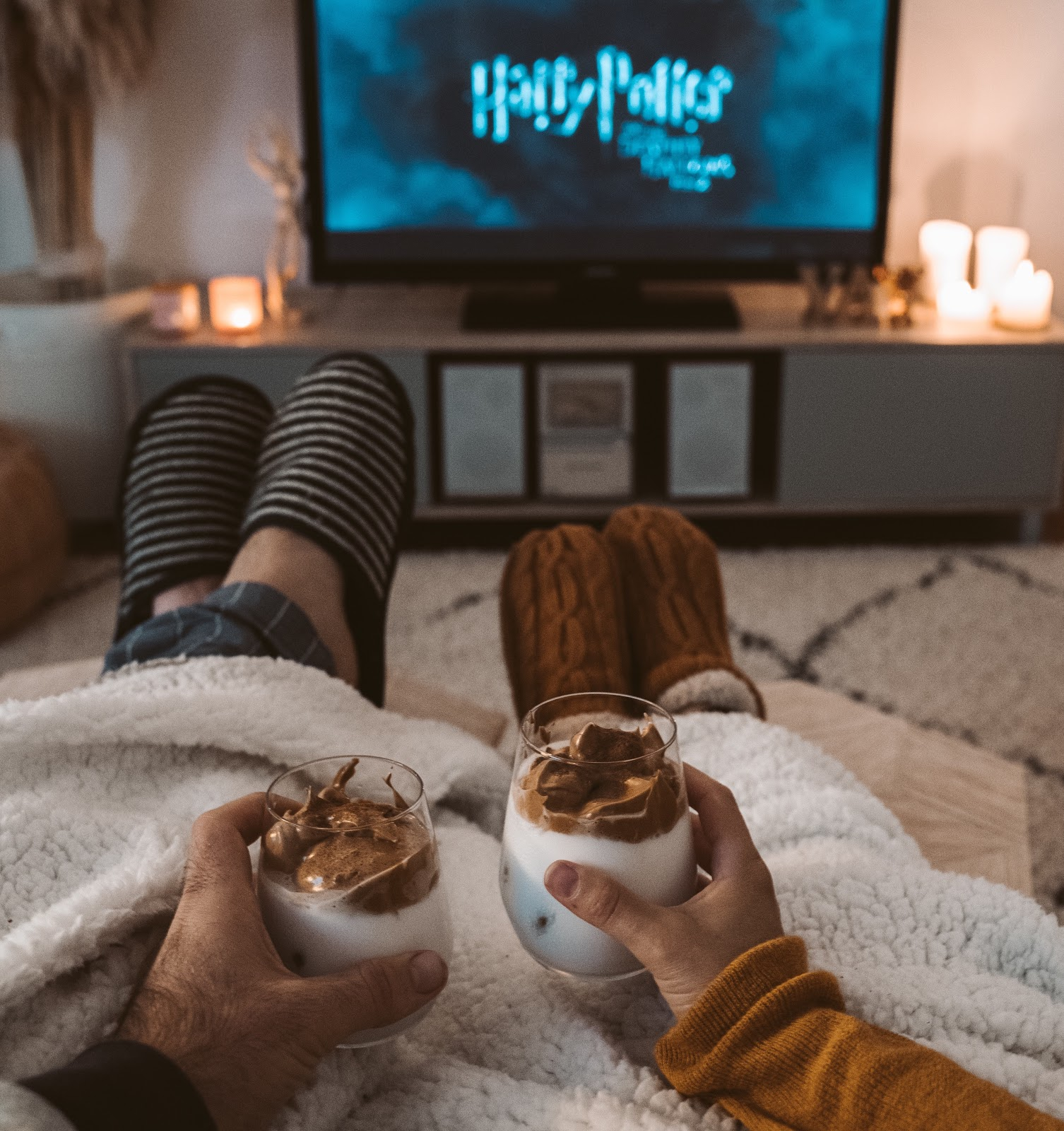 two people with dalgona coffee and watching Harry Potter