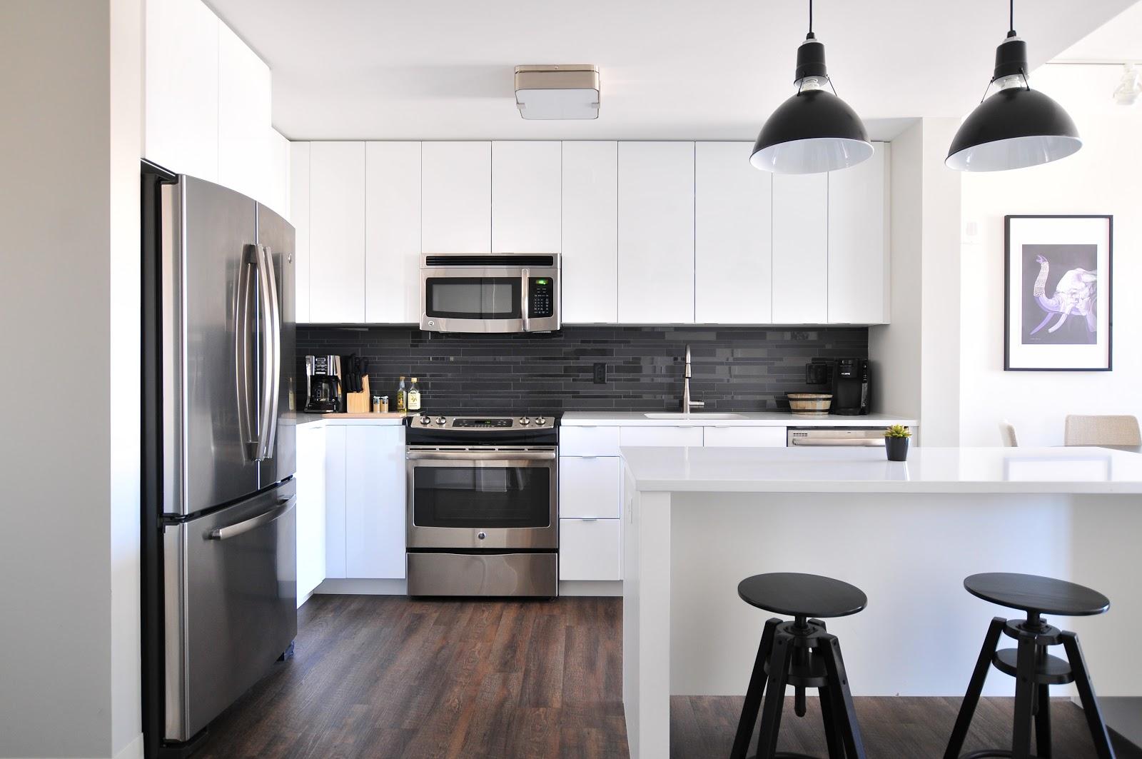 sleek modern Tripalink kitchen with new appliances