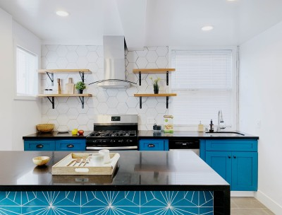 Beautiful Kitchen with Bright blue accents