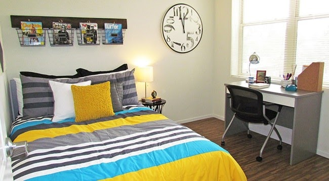 USC Apartments Bedroom