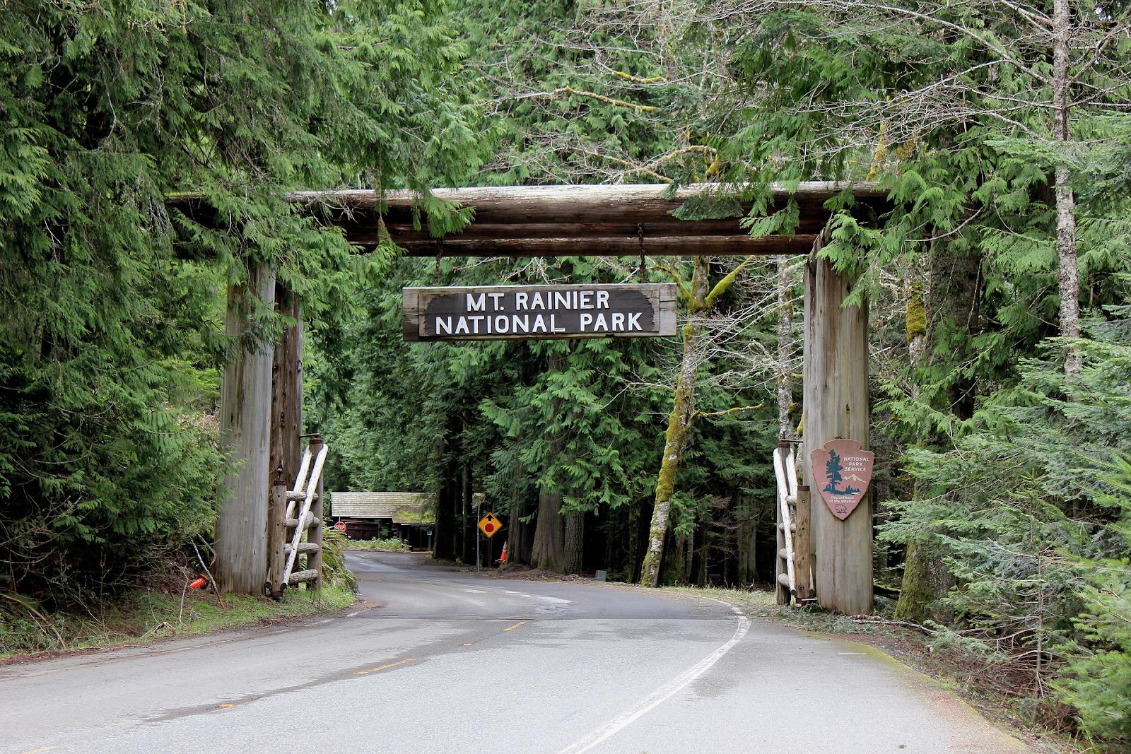 MT. Rainier national park entrance