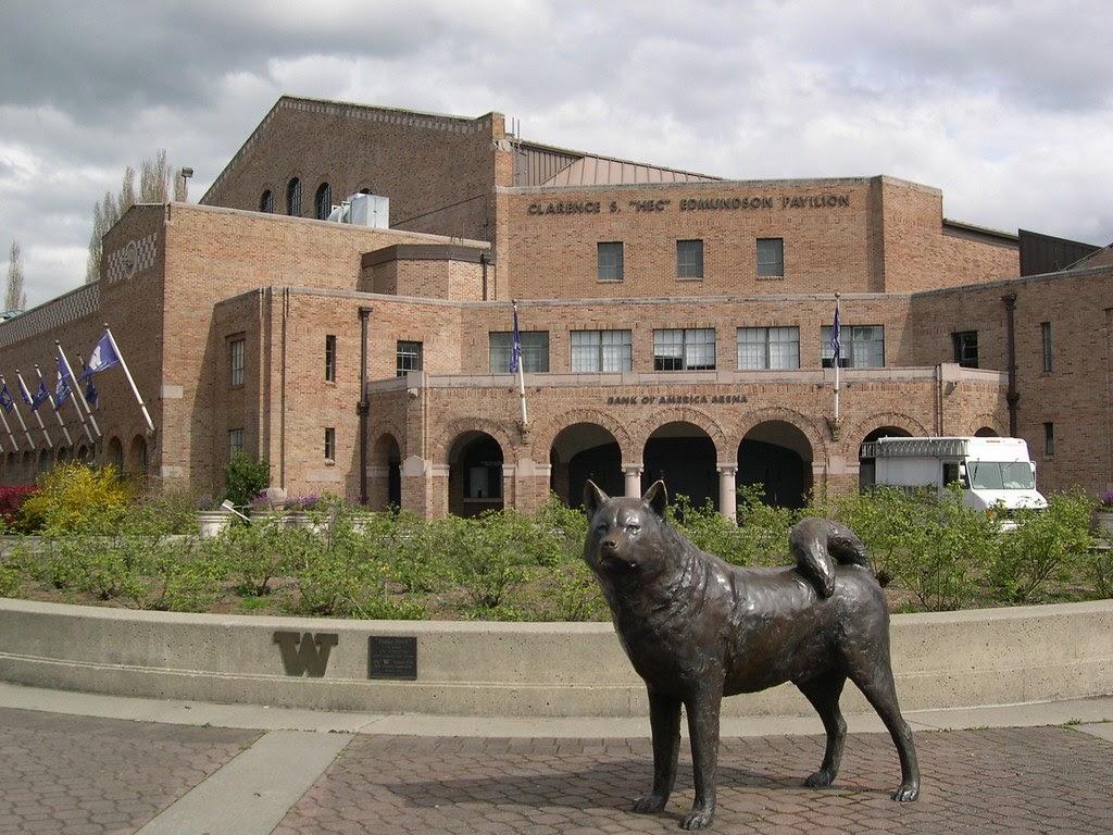 University of Washington statue