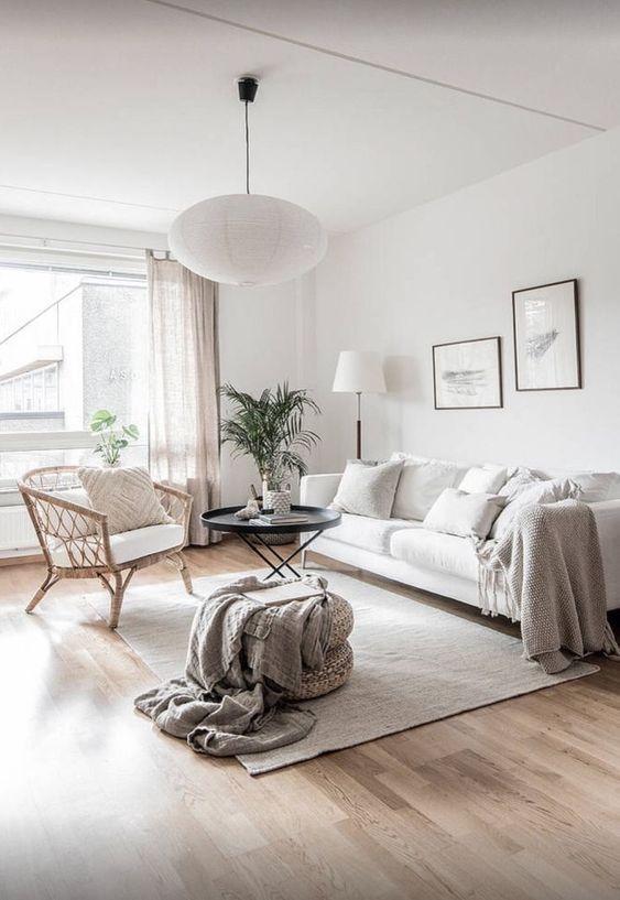 beautiful communal living  apartment