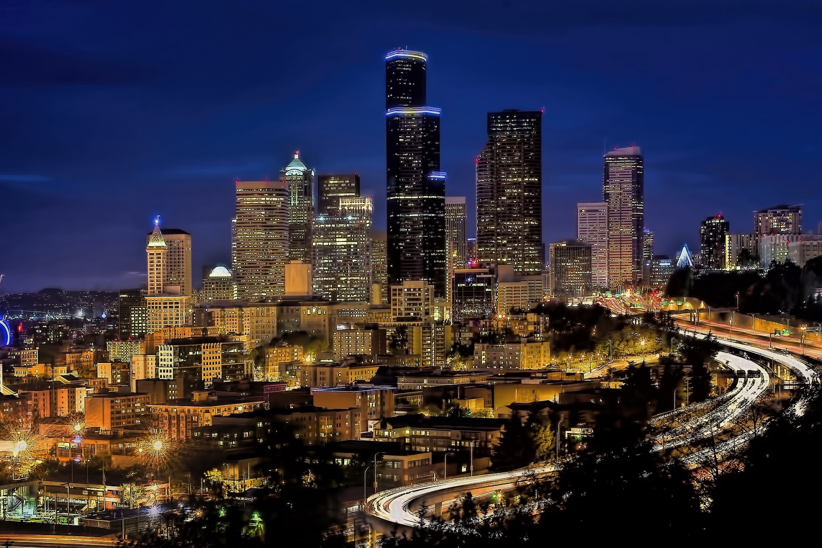 night time view of the city of Seattle